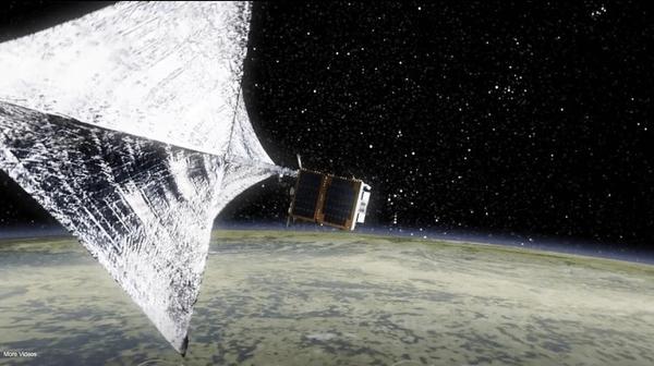 Kiertoradan kummituslaivat – kuinka avaruusromu poistetaan